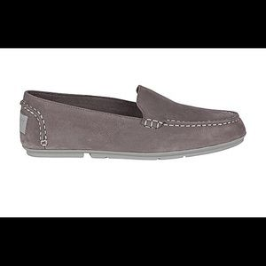 Sperry Bay View Nubuck Driver in Gray new in box